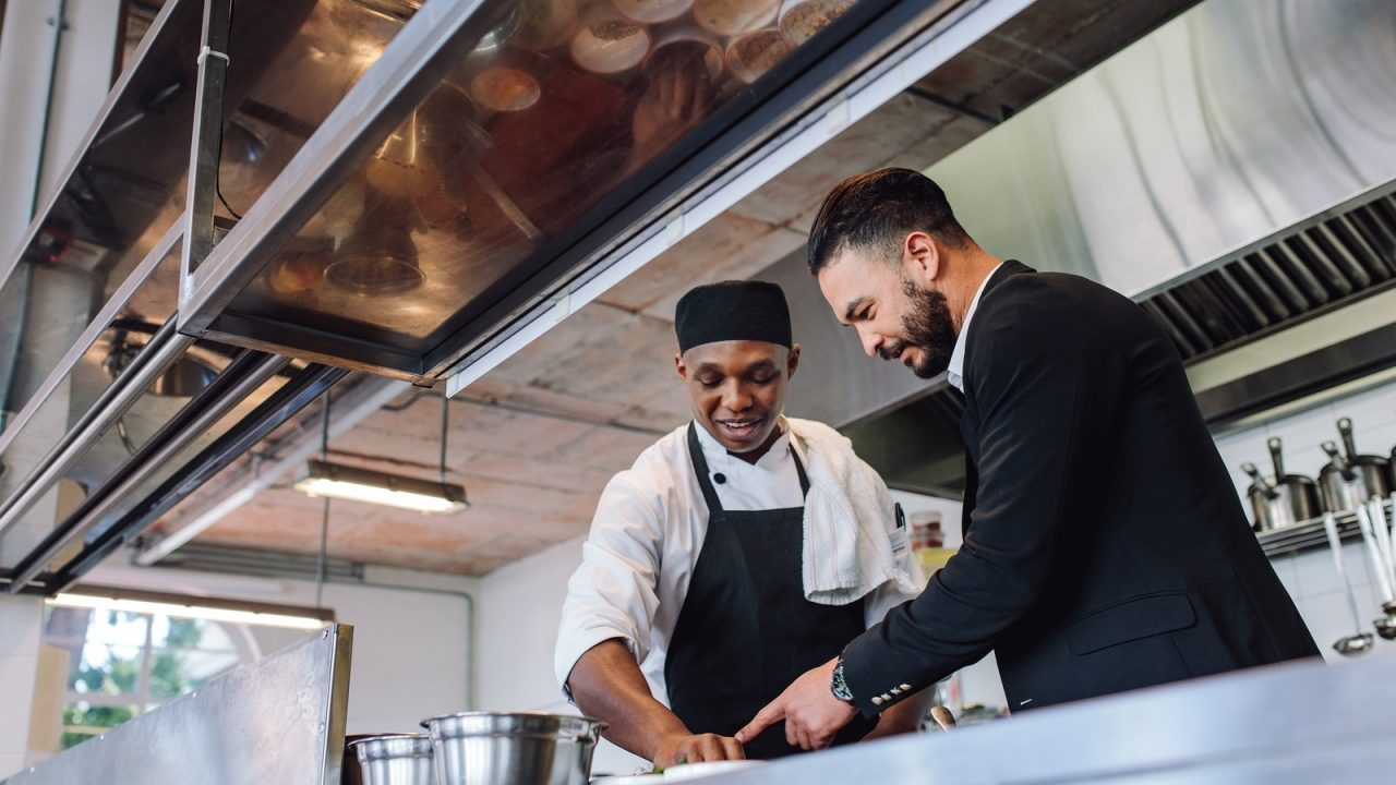 The basic duties of restaurant consultants in terms of funding